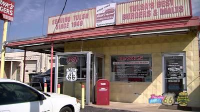 TRACING ROUTE 66: Hank's Hamburgers