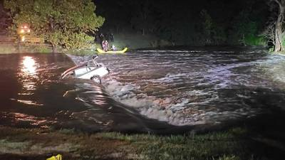 Mom uses app to give rescuers exact location after daughter, friend swept away in Tulsa flood waters