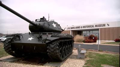 TRACING ROUTE 66: J.M. Davis Arms & Historical Museum